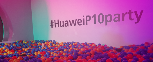Accroche_huawei_party_01.png