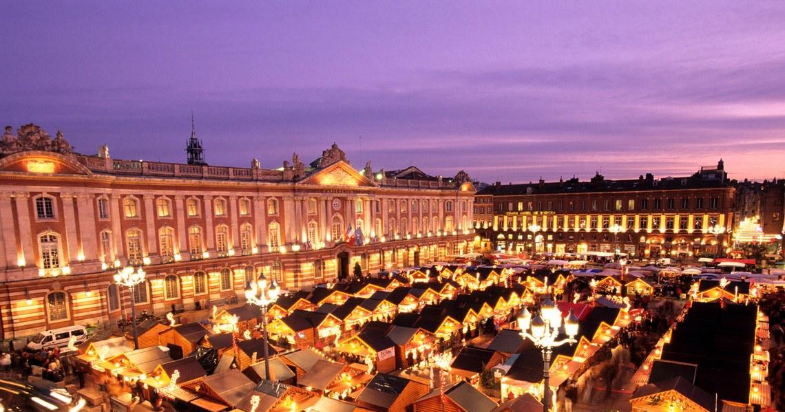 SFR_La-magie-des-marches-de-noel-Toulouse_26112018_Discussions-de-comptoir_002.jpg