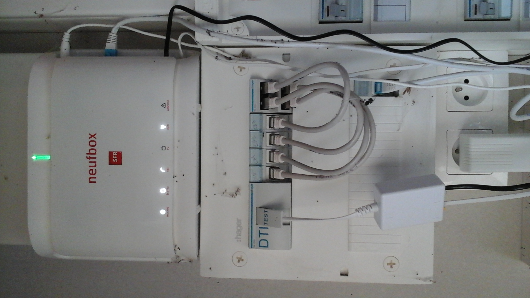 R solu comment installer ma box en rj45 nouvelle constru le forum sfr 75418 - Raccordement telephone maison neuve ...