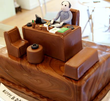 Office Desk Cake_445x410.jpg