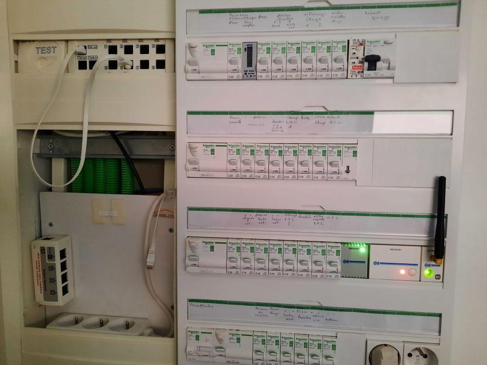 photo 2 : tableau électrique